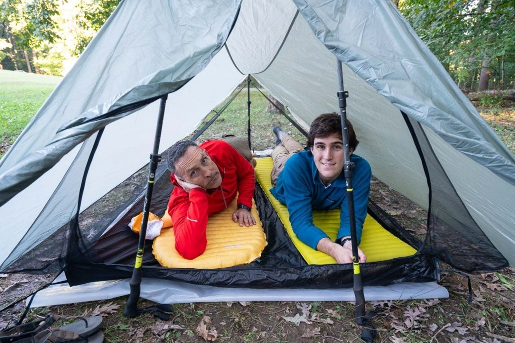 Tub floor Lightweight and compact Includes Footprint and Bike trips RaynTek 2 Person Backpacking Tent Ultralight mode Hiking Wind resistant For 3-Season Outdoor Camping Single person Quick Setup 2 Layer mesh tent with Waterproof Rain fly