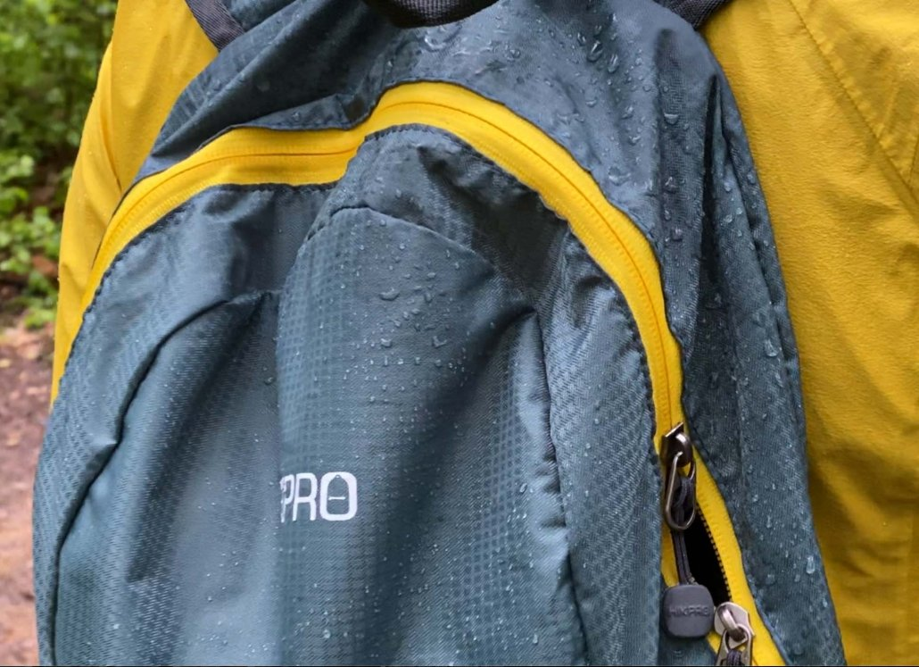 Waterproof fabric beading rain