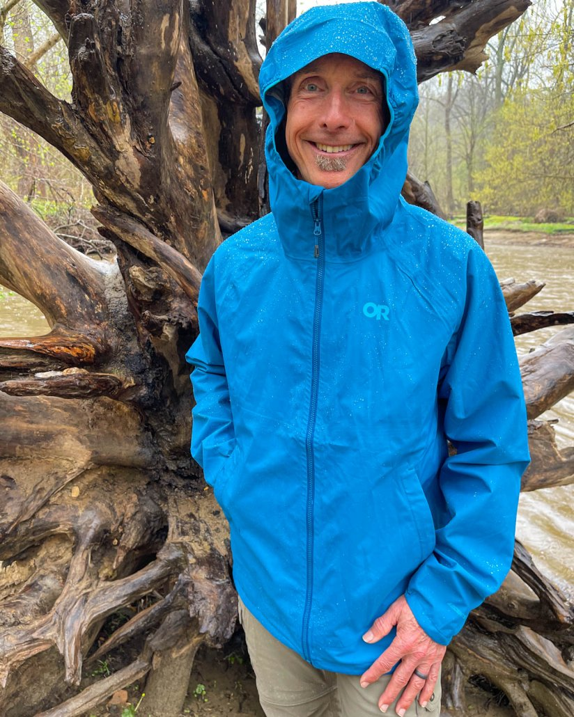 Outdoor Research Men's Motive AscentShell Jacket Review